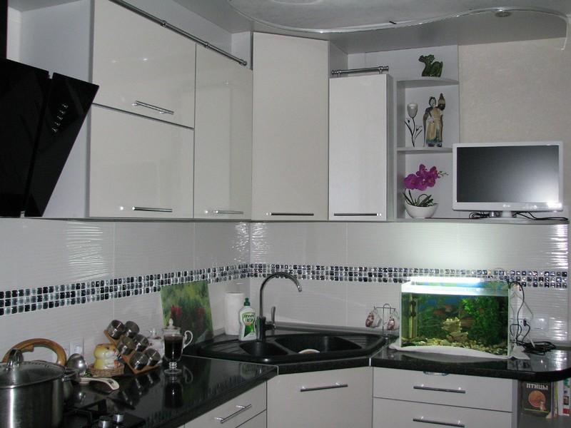 отношения продлились угловые кухни с раковиной в углу фото художник